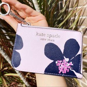 Grand Flower Kate Spade Cardholder 😍🌸💞